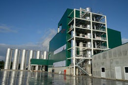 Refining plant for vegetable oil and animal fats