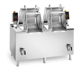 Commercial pasta cooker with auto lift