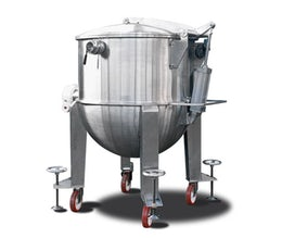 Batch cooker for fruit puree